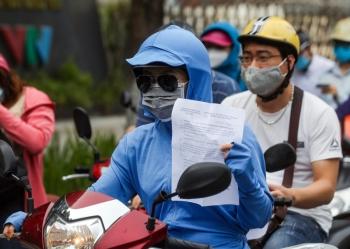 Hà Nội siết chặt kiểm soát Giấy đi đường: Nhiều bất cập cần giải quyết