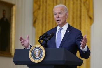 Tổng thống Mỹ muốn mạnh tay hơn với những người không tiêm chủng