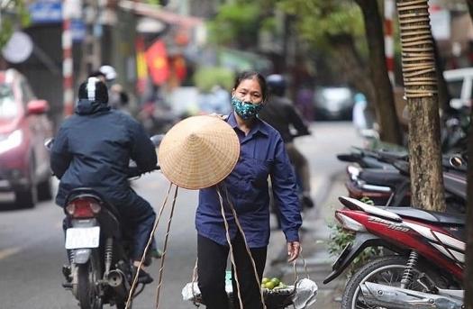 Người bị ảnh hưởng bởi COVID-19 ở Hà Nội được hỗ trợ thế nào?