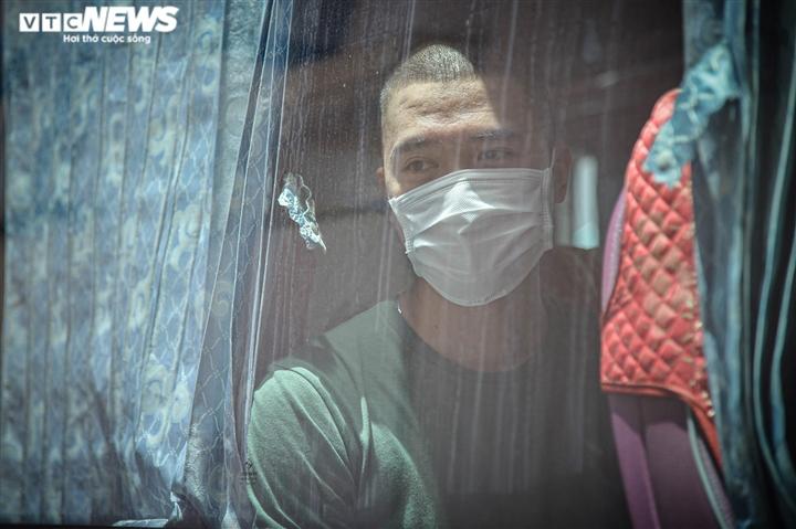Ảnh: Gần 200 cán bộ y tế Bệnh viện Bạch Mai lên đường chi viện TP.HCM - 8