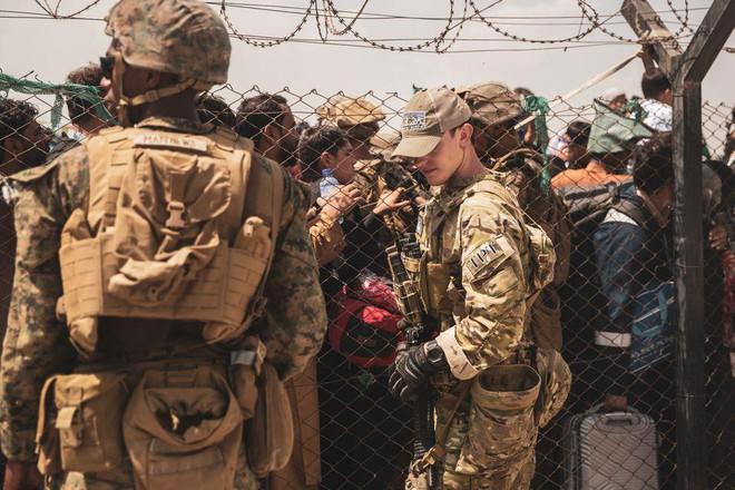 Mỹ bác kế hoạch đưa người tị nạn Afghanistan về căn cứ ở Hàn Quốc, Nhật Bản ảnh 1