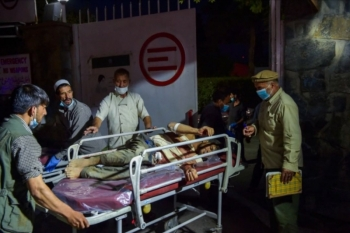 Nổ lớn liên tiếp gần sân bay Kabul, ít nhất 13 người thiệt mạng