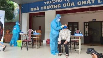 Thêm 28 ca mắc COVID-19 ở Hà Nội, có hai mẹ con thường đi chợ Ngọc Hà