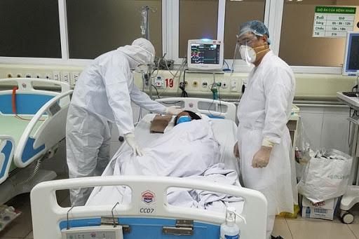 Cô gái nặng 130 kg mắc COVID-19 thoát nguy kịch ngoạn mục