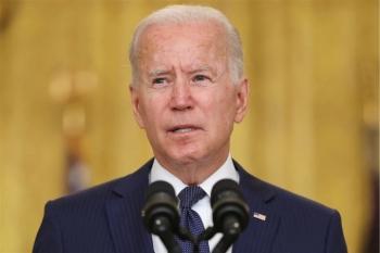 Tổng thống Mỹ cam kết tiếp tục không kích IS