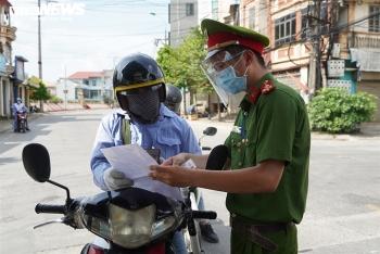 Hà Nội: Huyện Thanh Trì yêu cầu người đi đường phải có lịch trực, lịch làm việc