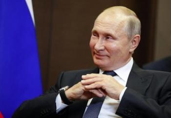 Tổng thống Putin sẽ tiêm vaccine Sputnik V ngừa COVID-19