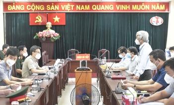 Phó Thủ tướng Vũ Đức Đam kiểm tra công tác phòng, chống dịch COVID-19 tại quận Gò Vấp