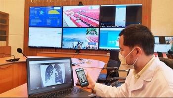 Các bệnh viện lập phòng khám từ xa để tư vấn và điều trị người mắc COVID-19 tại nhà