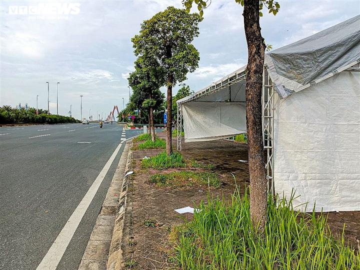 Hà Nội: Dỡ 39 chốt kiểm soát, bỏ kiểm tra giấy đi đường ở 'vùng xanh' - 8