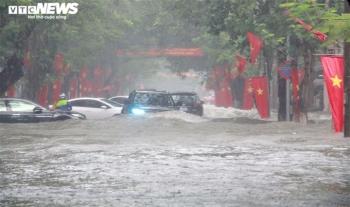 Thời tiết ngày 20/9: Cả nước mưa lớn, đề phòng dông lốc