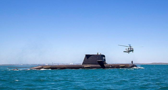 Bê bối tàu ngầm và dấu hiệu của một trật tự toàn cầu mới -1