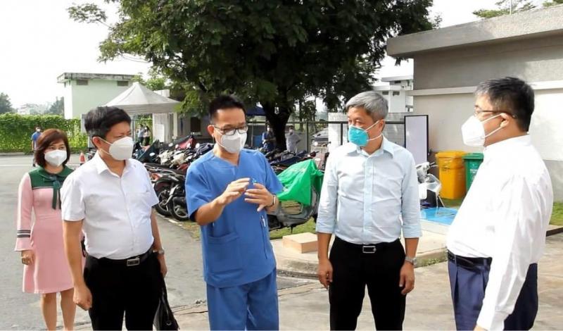 Hơn 200 bệnh nhân COVID-19 nặng xuất viện -0