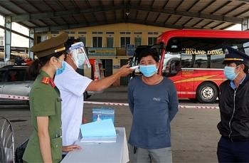 Bộ Y tế: Hành khách tiêm 1 mũi vaccine sau 3 tuần không phải xét nghiệm