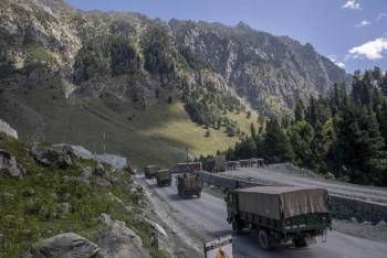 Xung đột Trung-Ấn: Vừa cam kết kiềm chế, vừa tập trận dọc biên giới