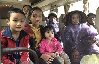 Mưa lũ phức tạp, hơn 200.000 học sinh Hà Tĩnh nghỉ học