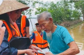 Lũ lụt lịch sử ở miền Trung: Khi cư dân mạng không còn là