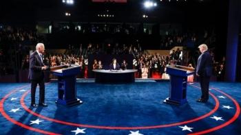 Tranh luận Trump - Biden: Ai dính dáng đến Nga, Trung Quốc?
