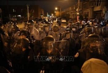 New York: Bắt giữ 30 người biểu tình sau vụ cảnh sát bắn chết người da màu