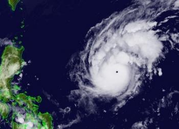 Dự báo bão Goni tăng cấp thành siêu bão trước khi vào biển Đông