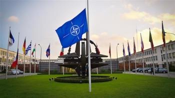 NATO trục xuất 8 nhà ngoại giao Nga, Moskva tuyên bố đáp trả