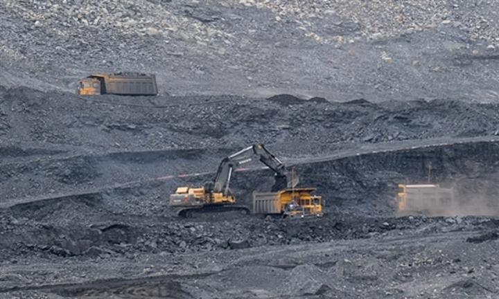 Mục tiêu năng lượng tham vọng, Trung Quốc vẫn 'không còn lựa chọn' ngoài than? - 4