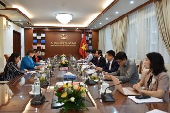 UNICEF sẵn sàng hỗ trợ Việt Nam tìm giải pháp sớm mở cửa trường học