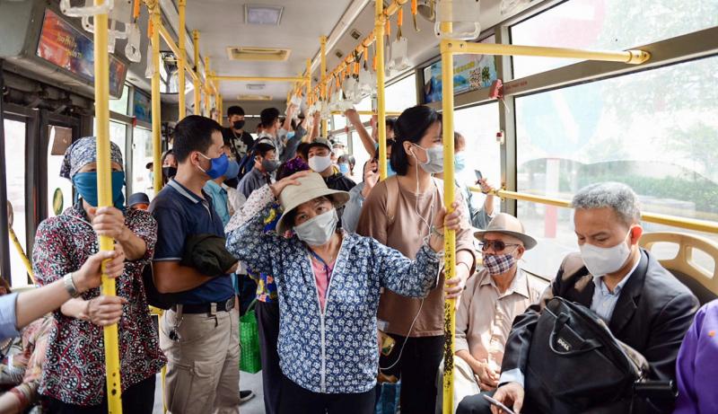 Hành khách tham gia giao thông không phải xét nghiệm, trừ hàng không và đường sắt