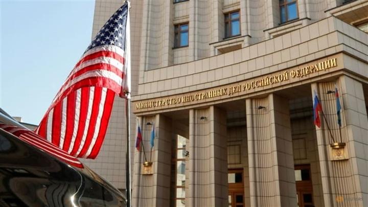"""Nga nóng mắt vì công dân đi xin thị thực bị Mỹ gọi là """"vô gia cư"""""""