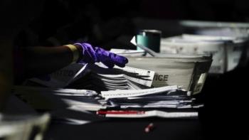 Bầu cử Mỹ: Thêm một hạt ở Georgia phát hiện hàng nghìn phiếu chưa được kiểm