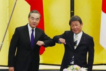 Ông Vương Nghị thăm Nhật, Tokyo lên án gay gắt tàu Trung Quốc xâm phạm lãnh hải