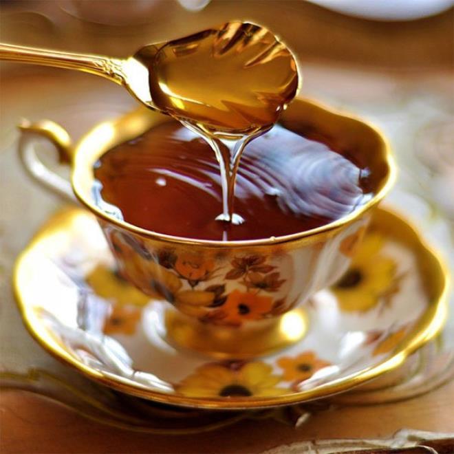 5 thoi diem vang de uong mat ong tot cho suc khoe