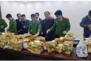 Bắt 4 đối tượng nghi vận chuyển 240 kg ma túy