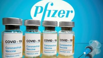 Pfizer và Moderna có thể thu 32 tỷ USD nhờ vaccine Covid-19
