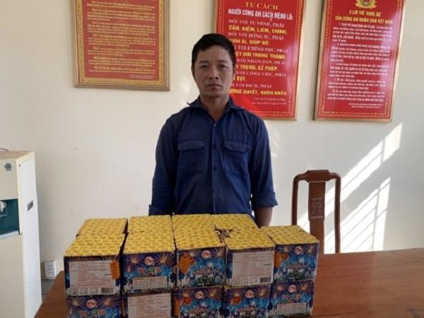 quang binh bat giu doi tuong van chuyen trai phep 216 kg phao hoa