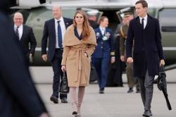 Nữ cố vấn của Trump gây chú ý ở Davos vì phong cách thời trang