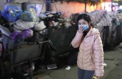 12 quận ở Hà Nội bị ảnh hưởng vì dân chặn xe vào bãi rác Nam Sơn