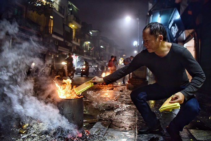 ca nuoc don giao thua tet canh ty