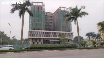 Rơi thang tời tại công trình xây dựng Sở Tài chính Nghệ An, 11 người thương vong