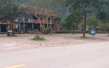 Hai điểm du lịch ở Phong Nha đột ngột đóng cửa không thông báo