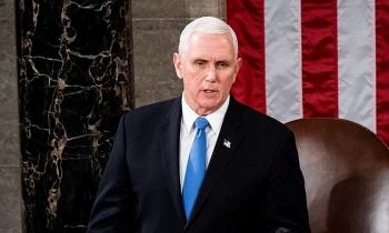 Pence phản đối phế truất Trump