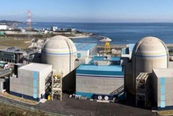 Iran tuyên bố có thể làm giàu uranium ở mức 90%