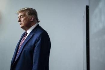Chủ tịch Hạ viện Mỹ Pelosi kêu gọi phế truất Trump