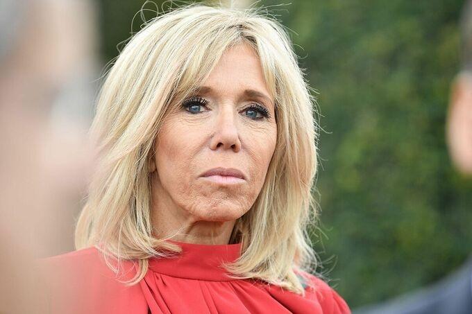 Vợ Tổng thống Pháp đã nhiễm nCoV