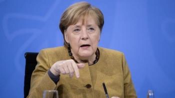 Thủ tướng Đức Merkel chỉ trích Twitter khóa tài khoản của ông Trump