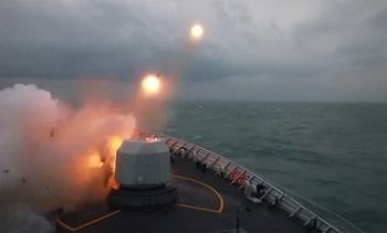 Trung Quốc diễn tập bắn đạn thật gần Đài Loan
