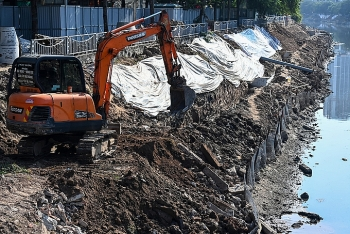 Nhiều chuyên gia ủng hộ lấy nước sông Hồng
