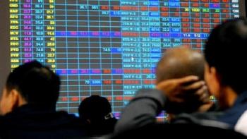 Đổ xô mở tài khoản giao dịch chứng khoán: Coi chừng mắc bẫy