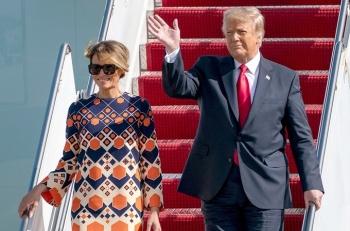 Melania Trump diện váy sặc sỡ sau khi kết thúc nhiệm kỳ