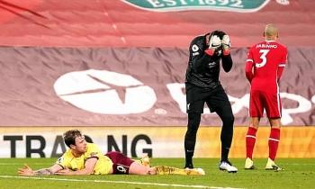 Liverpool đứt mạch 68 trận bất bại sân nhà